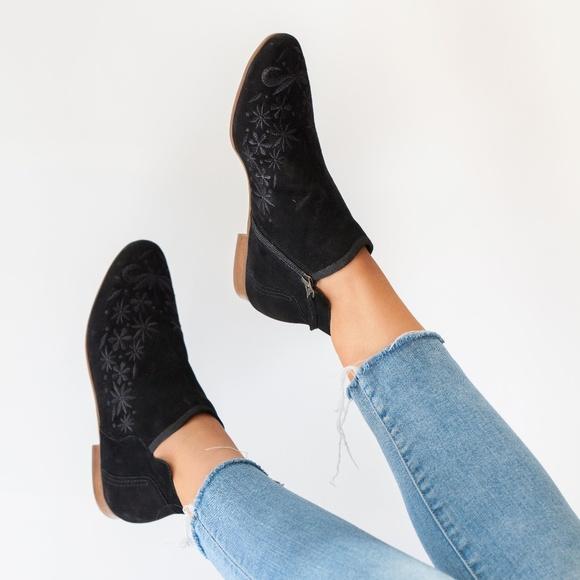 e969119267d1 Bernardo Shoes - Bernardo Francine black embroidered bootie